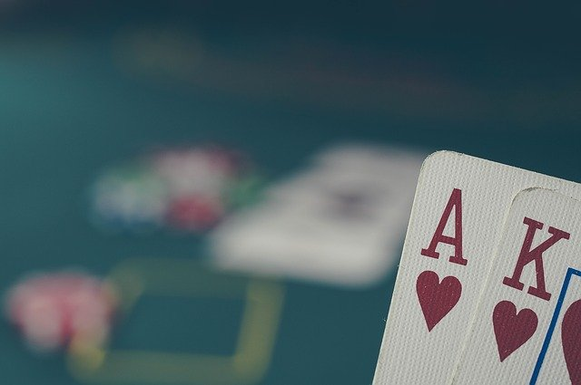 poker-as et carte assortie